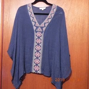 Umgee Size small top with embellishment